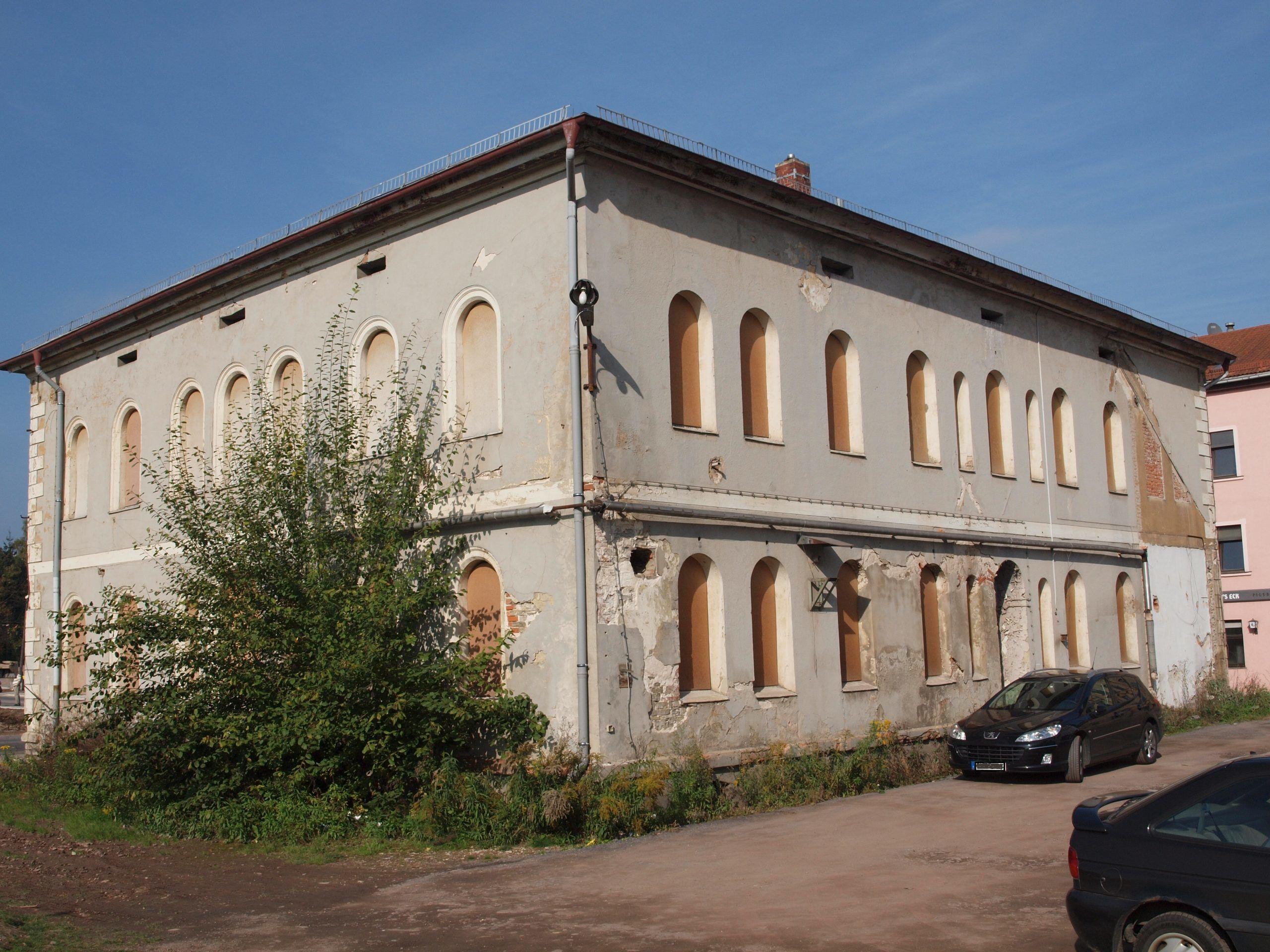 Schadstoffuntersuchung vor Kauf und Sanierung: hier ehemalige Fabrikantenvilla